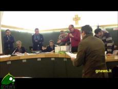 Luigi Lagna vs Lilli Villani per la nomina degli scrutatori