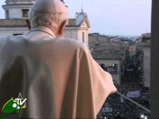 Benedetto XVI a Castel Gandolfo: sono un pellegrino