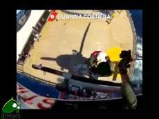 Colpita da infarto sulla Costa Mediterranea e salvata da elicottero della Guardia Costiera