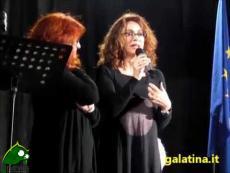 Elena Sofia Ricci a Galatina legge la storia del Cavallino Bianco